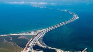 Строителей моста привлекут к работам в порту!